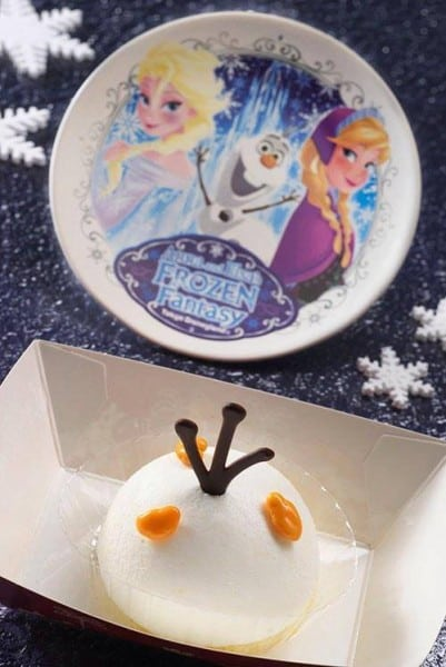 Apple and White Mousse Cake Anna and Elsa Frozen Fantasy Tokyo Disneyland
