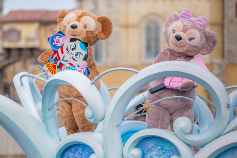 Duffy and Shellie May Tokyo DisneySea New Years Greeting 2015 Duy Phan Photography