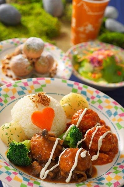 Meatballs in a Tomato Sauce with Rice Anna and Elsa Frozen Fantasy Tokyo Disneyland