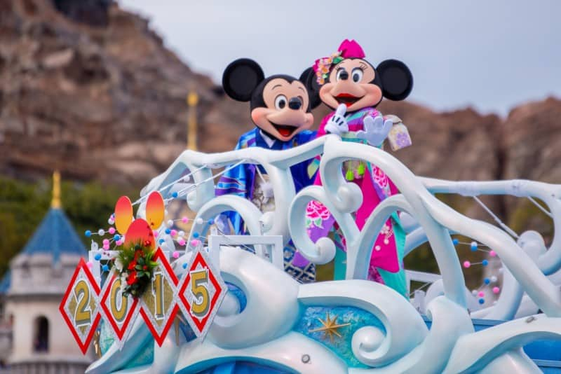 Mickey and Minnie Tokyo DisneySea New Years Greeting 2015 Duy Phan Photography