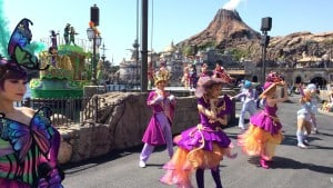Fashionable Easter at Tokyo DisneySea All Dancers Upclose