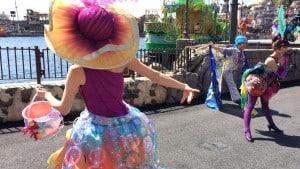Fashionable Easter at Tokyo DisneySea American Waterfront and Mermaid Lagoon Costume Mashup