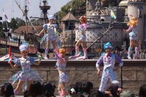 Fashionable Easter at Tokyo DisneySea Mermaid Lagoon Dancers