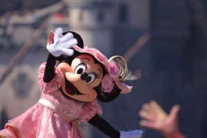 Fashionable Easter at Tokyo DisneySea Minnie Waving