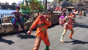 Fashionable Easter at Tokyo DisneySea Mysterious Island Dancers