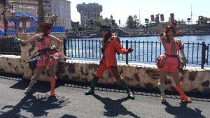 Fashionable Easter at Tokyo DisneySea Mysterious Island Dancers Pose