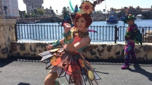 Fashionable Easter at Tokyo DisneySea Mysterious Island Female Dancer Upclose Costume Change