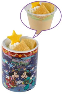 Souvenir Cup included (Mickey & Minnie side)