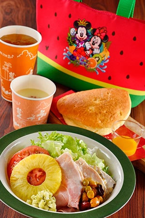 New York Deli Special Set, with Souvenir Lunch Case ¥1820