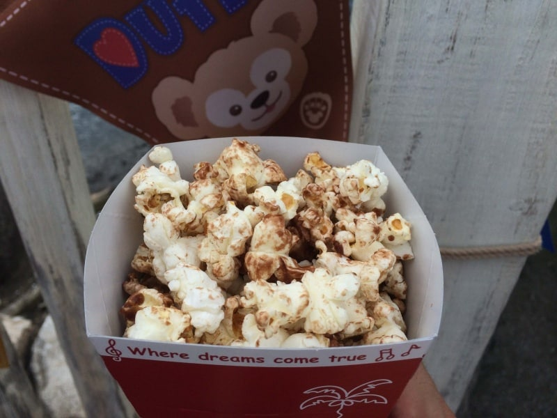 Milk Chocolate Popcorn Close