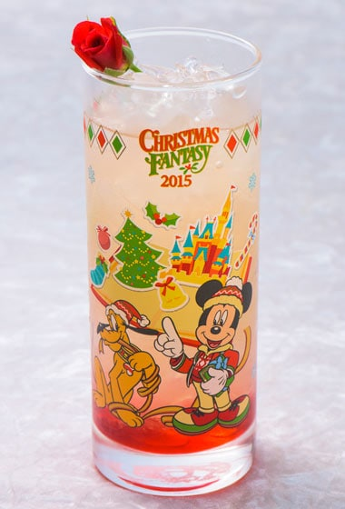 Christmas Fantasy Special Non-Alcoholic Cocktail with Collectible Glass ¥1,860 Please Note: Cocktail is also available at Restaurant Hana, Hyperion Lounge and Chef Mickey's