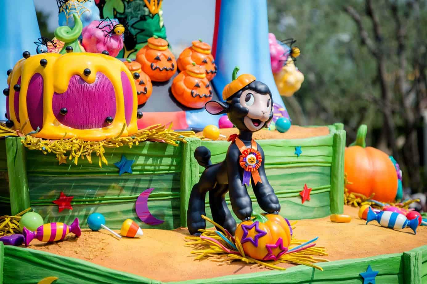 Looks - Halloween Happy disneyland pictures video