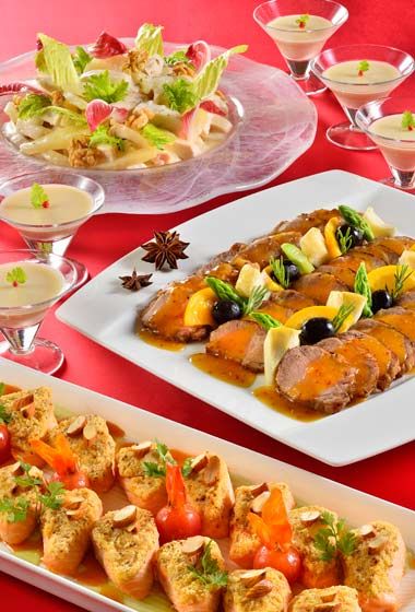 Dinner Buffet Adults ¥4,740 7-12 years ¥3,400 4-6 years ¥2,470 Please Note: Dinner Buffet menu and prices are only available until December 18
