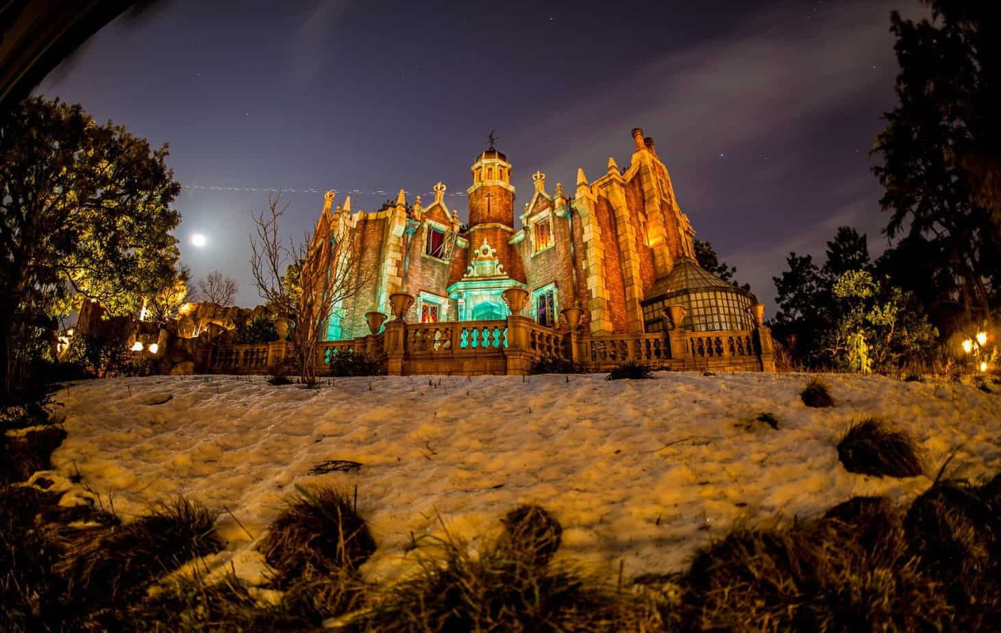 Haunted Mansion at Tokyo Disneyland Duy Phan Photography