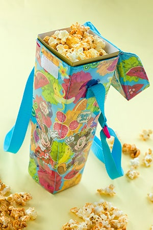 Regular Popcorn Box, with Souvenir Case ¥1,200 Available from many Popcorn Wagons across the Park