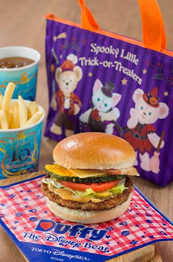 Special Meal Set with Souvenir Lunch Case ¥1,950 Meal only ¥990 Includes Pumpkin and Bacon Burger Fries Soft Drink