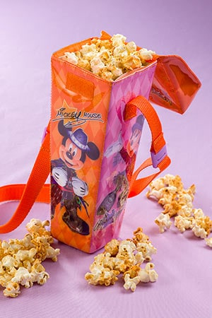 Caramel Popcorn in a Regular Box, with Souvenir Popcorn Case ¥1,200 Available from the Popcorn Wagon next to the Gazebo