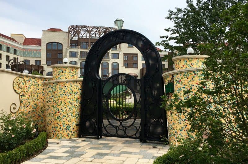 Back Entrance to Shanghai Disneyland Hotel