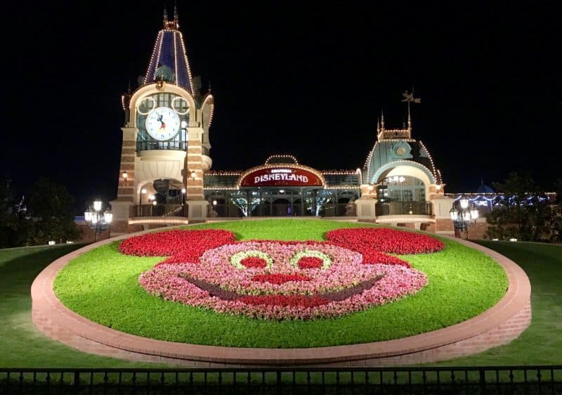 Shanghai Disneyland Entrance Evening