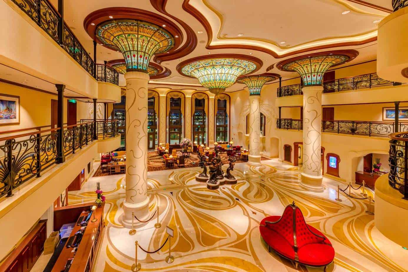 Disneyland Hotel Paris Lobby