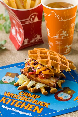 Waffle Sandwich with Bacon, Vegeteables and BBQ Sauce Sandwich only ¥700 Set ¥1,080 Set Includes French Fries Soft Drink