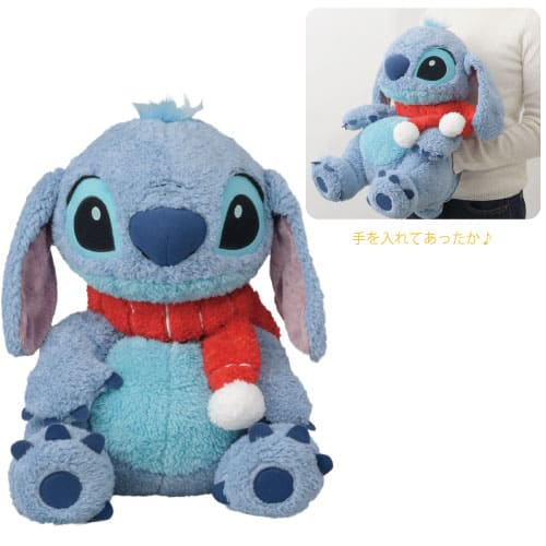 Stitch Cushion ¥2,800 Available from October 3