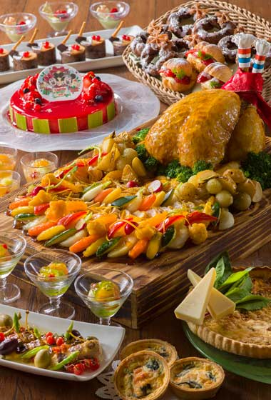 Dinner Buffet Adults ¥4,740 7-12 years ¥3,400 4-6 years ¥2,470 Please note Dinner Buffet is only available until December 19