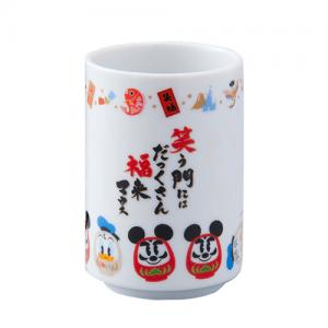 teacup-front-1300-new-years-2017-tokyo-disneyland