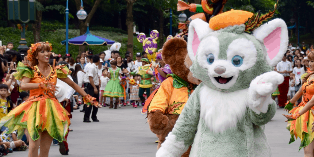 Hong Kong Disneyland Halloween Trip Report Part 3 – Meeting Gelatoni