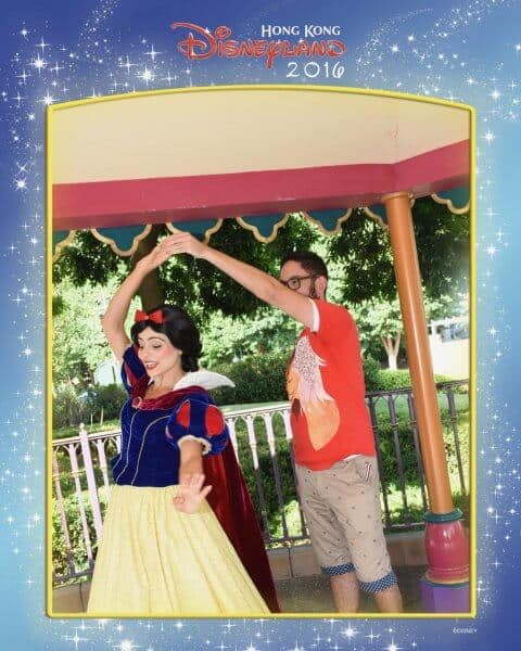 Snow White Dance Hong Kong Disneyland