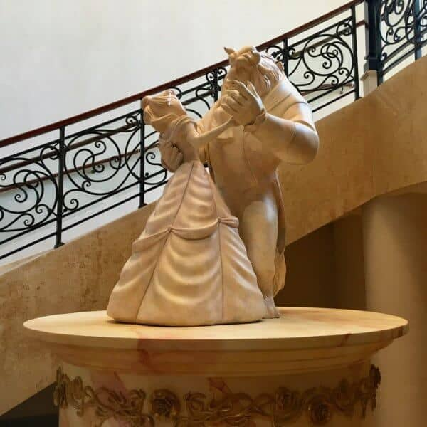 Shanghai Disneyland Hotel Lumieres Kitchen Beauty and the Beast Statue