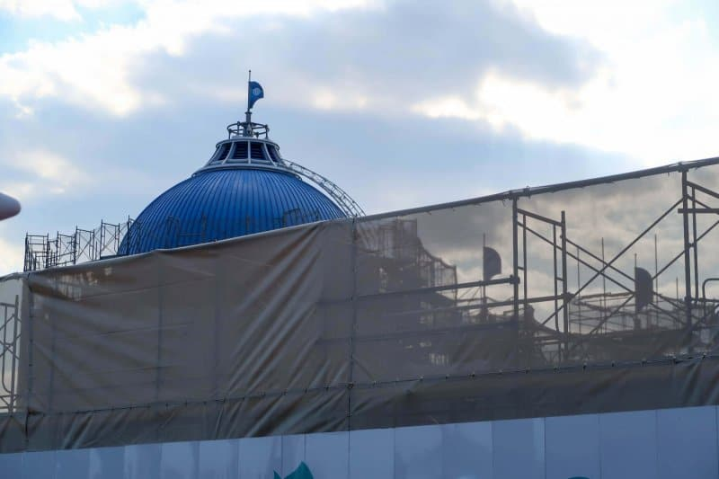Finding Nemo SeaRider Construction Tokyo DisneySea Blue Roof Closer