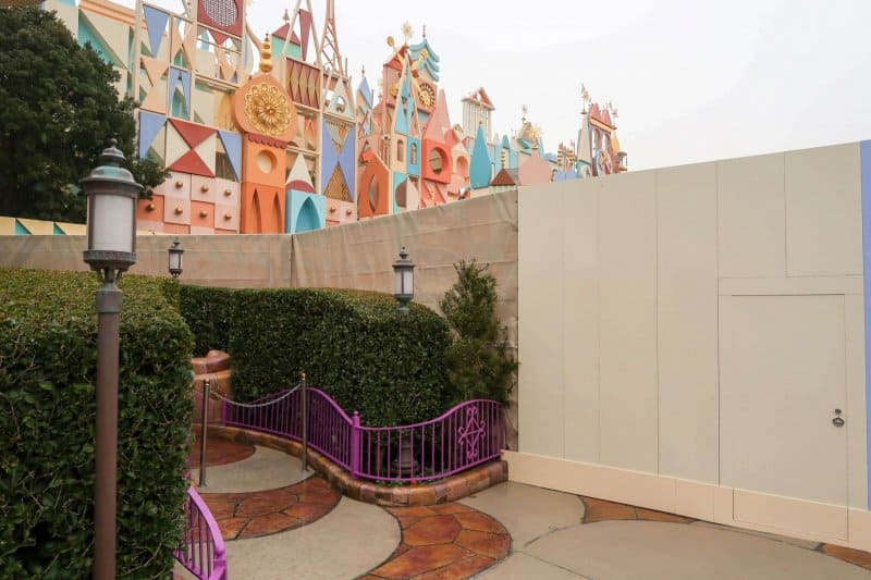its a small world Construction Tokyo Disneyland Entrance
