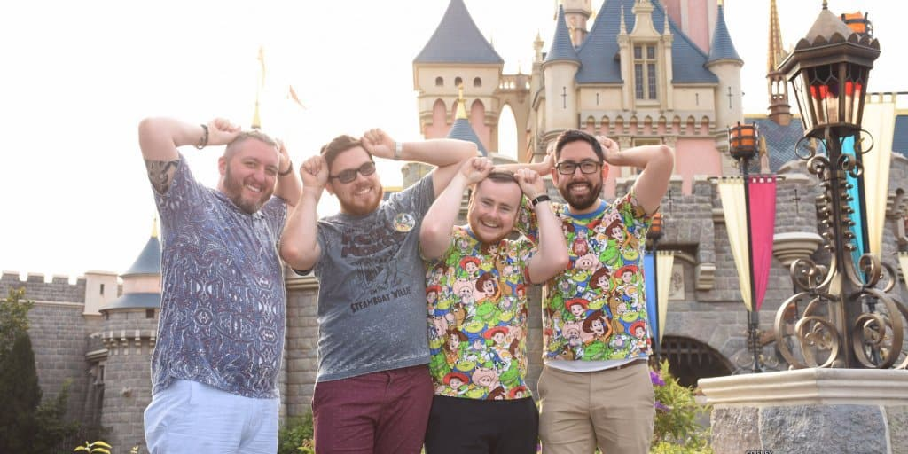 A Day at Hong Kong Disneyland – Our PhotoPass Experience