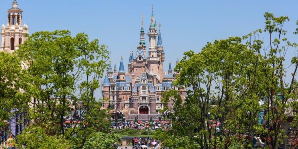 Shanghai Disneyland Announces New Fall and Winter Pass