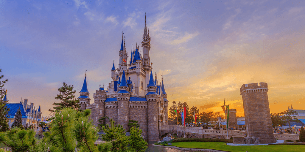 Tokyo Disneyland's Castle to Undergo Construction Work 2019-2020