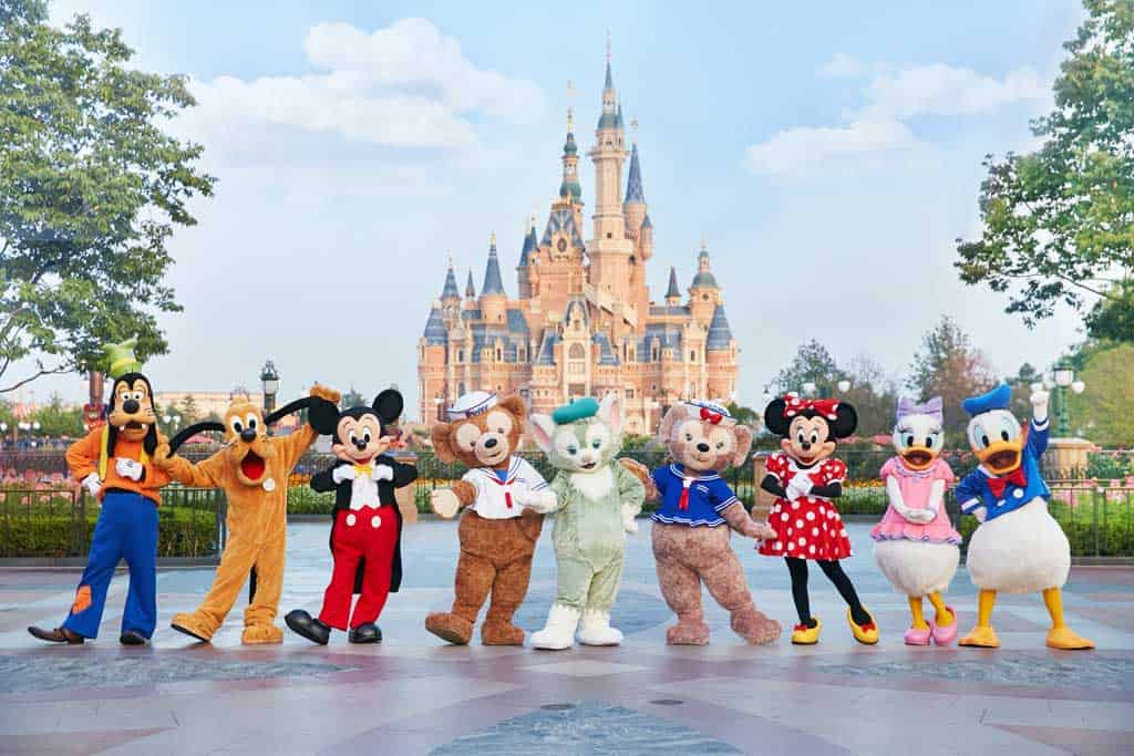 Welcoming Gelatoni to Shanghai Disneyland