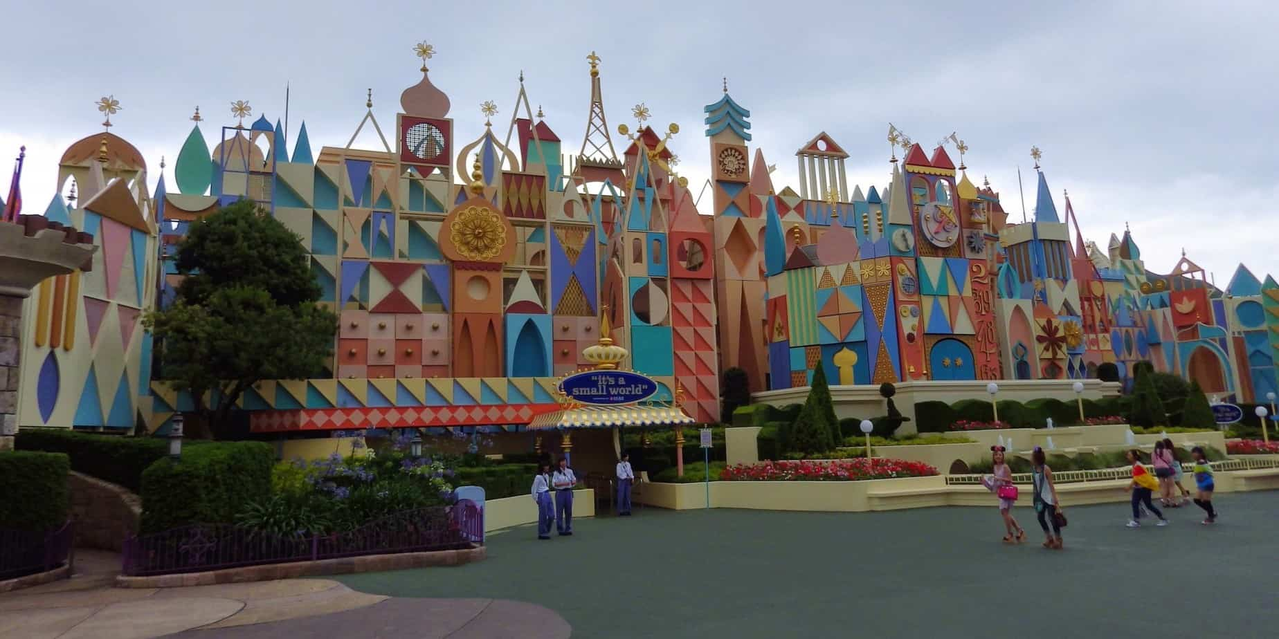 TDL It's a Small World Exterior