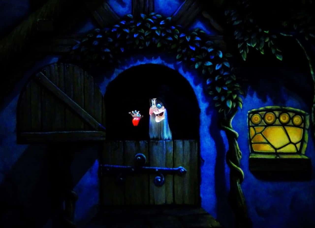 Snow White S Adventures Witch Tdr Explorer