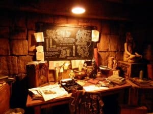 Indiana Jones Adventure Desk