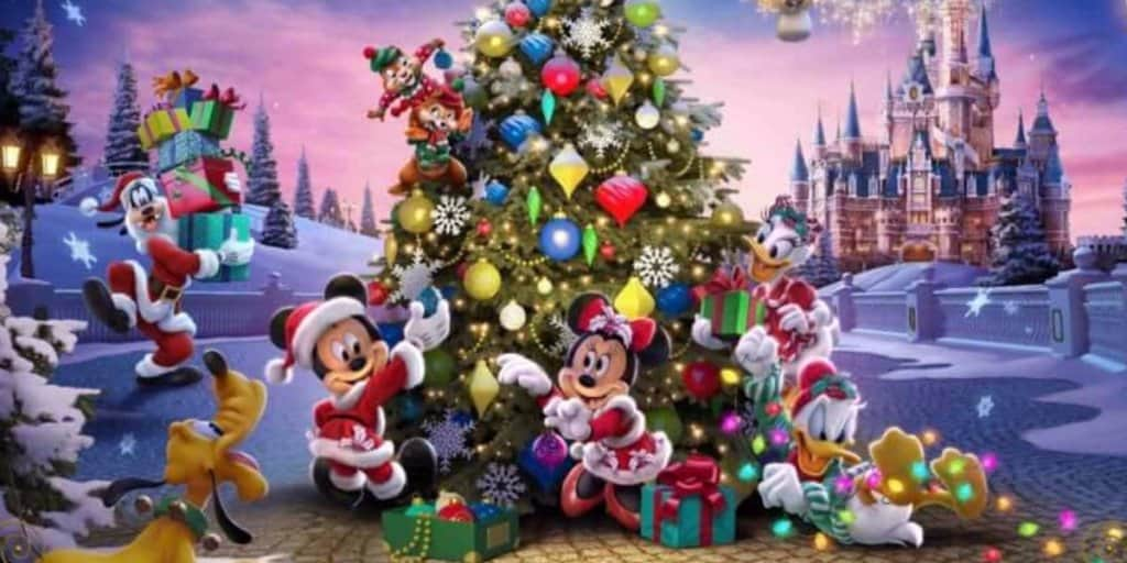 shanghai disneyland announces first christmas event - When Does Disneyland Decorate For Christmas 2018