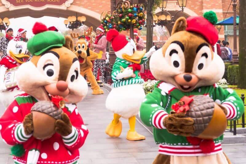 Chip n Dale Shanghai Disneyland Christmas