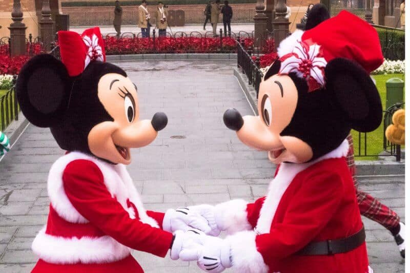 Mickey Minnie Shanghai Disneyland Christmas