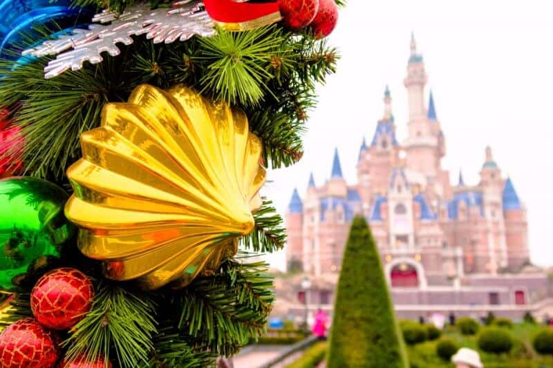 Shanghai Disneyland Christmas Tree
