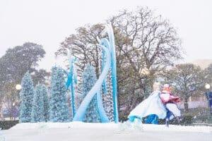 Anna Elsa Frozen Fantasy Tokyo Disneyland Snow