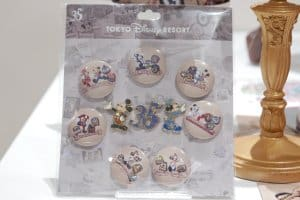 Buttons 35th Anniversary Tokyo Disney Resort (1)