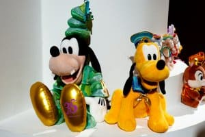 Large Goofy and Pluto Plush 35th Anniversary Tokyo Disneyland