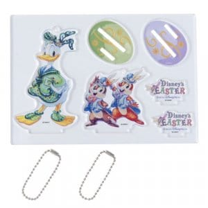 Donald Duck, Chip and Dale Figure and Keychain Combo