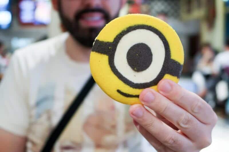Minions Cookie Sandwich