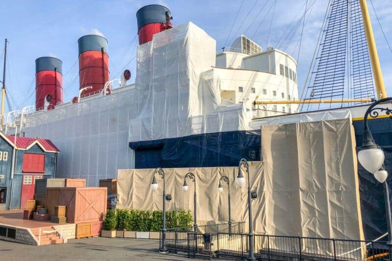 SS Columbia Dockside Stage Construction Side